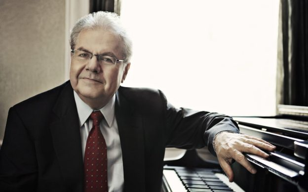 Pianist Emanuel Ax (photo: Lisa Marie Mazzucco)