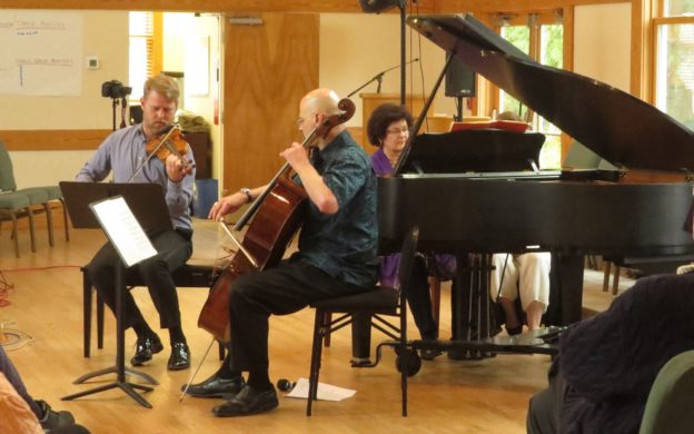 Riverside Chamber Players: violinist Justin Bruns, cellist Joel Dallow and pianist Rena Fruchter perform Arensky's Piano Trio No. 1, Op. 32. (photo: Mark Gresham)