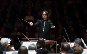 "Henrik Nánási leads the ASO in ""Dances of Galánta"" byZoltán Kodály . (credit: Jeff Roffam)"