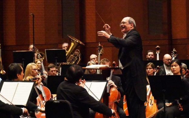 Robert Spano conducts the Fort Worth Symphony Orchestra .(credit: Katie Kelly, Fort Worth Symphony Orchestra Association)