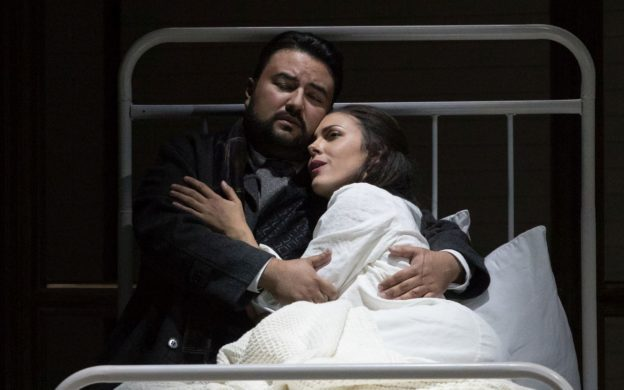 Mario Chang as Alfredo and Zuzana Marková as Violetta in La traviata. (credit Nunnally Rawson)