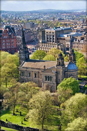 St. Cuthbert's Church as viewed from the Northwest wall of Edinburgh Castle. (attribution: Mactographer, CC BY 3.0)