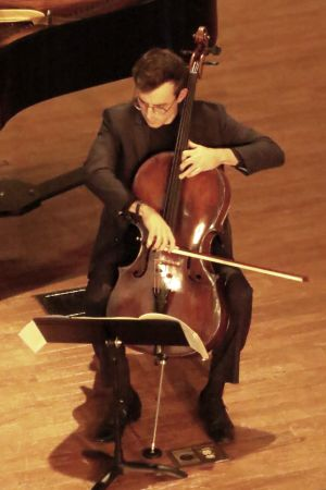 Cellist Raimer Eudakis. (credit: Mark Gresham)
