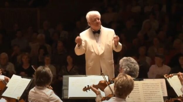 Michael Palmer coinducts Beethoven's Symphony No. 4 at the Bellingham Festival of Music, of which he is Founder and Artistic Director.. (source: video still)