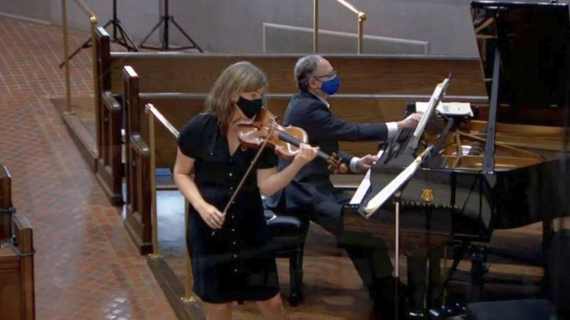 This was the better camera angle for violinist Amy Schwartz Moretti, with William Ransom at the piano. (source: video frame capture, trimmed, camera 2)