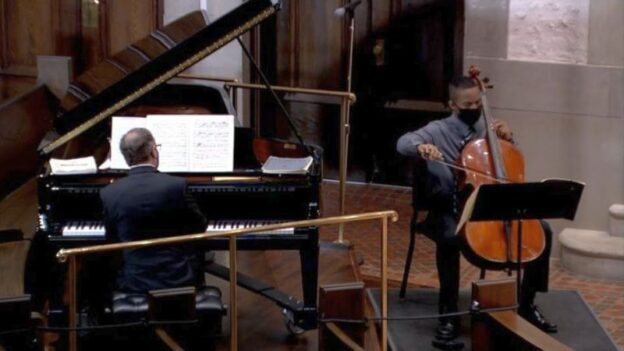 Cellist Khari Joyner performing Beethoven's Cello Sonata No. 3 with pianist William Ransom. (source:video frame capture, trimmed)