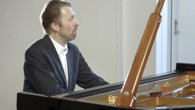 Norwegian pianist Leif Ove Andsnes (video frame, Spivey Hall / OCL)