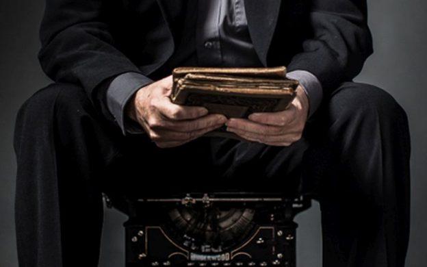 journal, journalist and typewriter