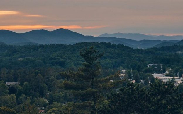 The mountains of western North Carolina overlooking the town of Highlands (lower right), home of the Highlands-Cashiers Chamber Music Festival. (Courtesy Highliands Chamber of Commerce)