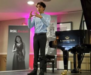 Pianist Jonathan Ferrucci at the Royal Scots Club. ((photo: William Ford)