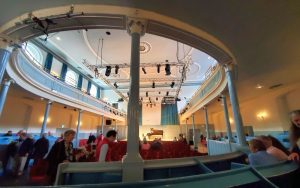 The Queen's Hall, interior, main level: columns obstruct some views (photo: William Ford)