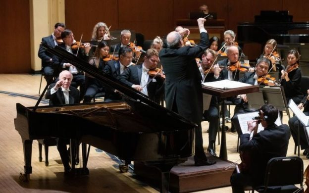 "Mexican pianist Jorge Federico Osorio performs Manuel de Falla's ""Nights in the Gardens of Spain"" with Robert Spano and the Atlanta Symphony Orchestra. (credit Jeff Roffman)"