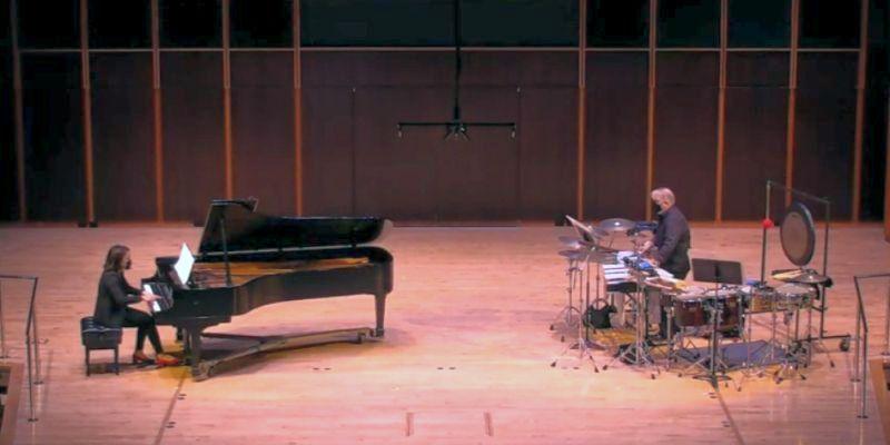 """Erika Tazawa and Stuart Gerber perform """"Pulsación y Resonancias"""" by Juan Trigos, (source: video fram capture / GSU)"""