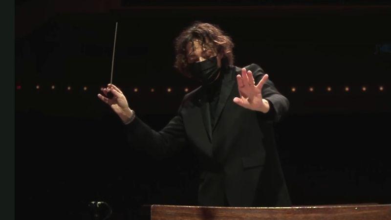 Guest conductor r Nathalie Stutzmann (video frame, ASO)