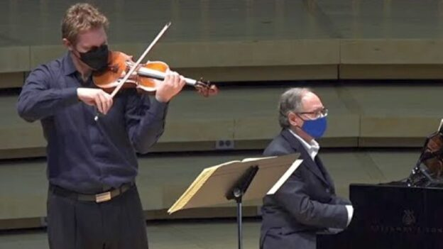Violinist David Coucheron and pianist William Ransom.