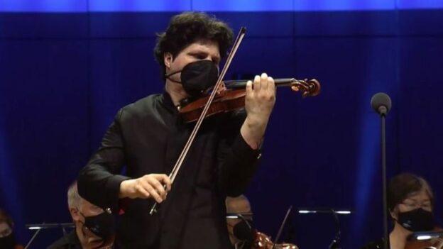 Violinist Augustin Hadelich.. (video frame / ASO)