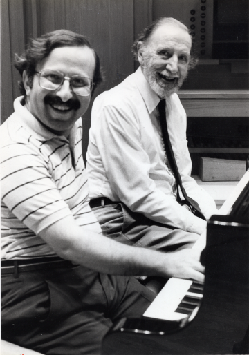 Sahan Arzruni and Alan Hovhaness in 1986 (credit Tom Lazarus)