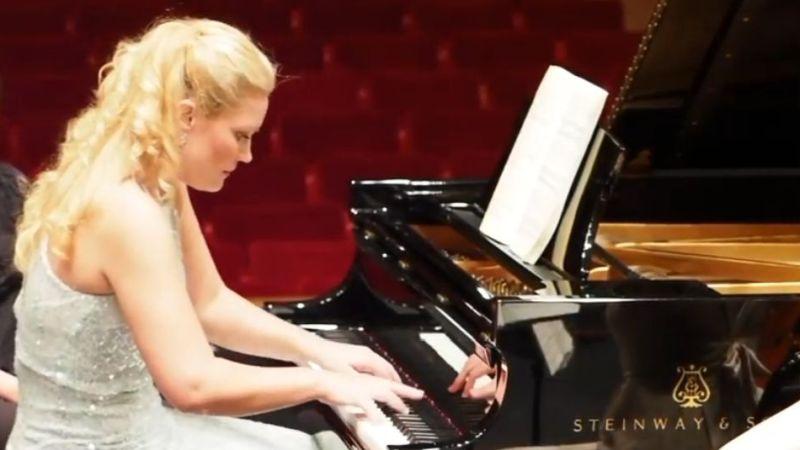 Norwegian pianist Julie Coucheron