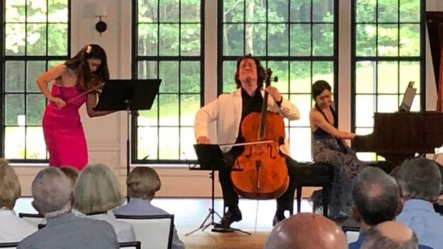 Helen Hwaya Kim, Zuill Bailey and Jasmine Arakawa perform the Double Concerto of Johannes Brahms as a piano trio. (photo: Will Ransom)